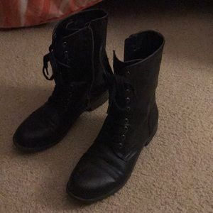Black rampage combat boots