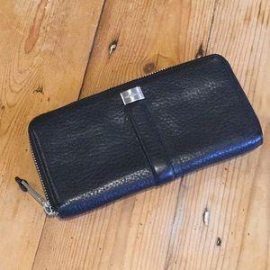 Cole Haan Black Leather ZIp Around Wallet NWOT