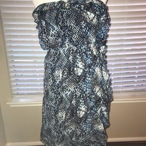 Dresses & Skirts - Reptile print strapless blue/black dress.