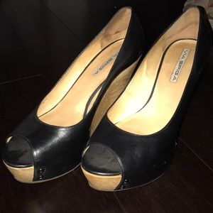 Black VIA SPIGA Wedges with Wood grain wedge