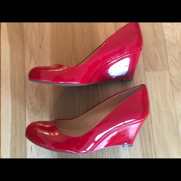 59d26dbc2dba NIB Jessica Simpson Suzanna Wedge Red Shoes 8.5M