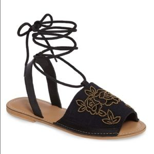 NWT Topshop Halle Embroidered Lace Up Sandal