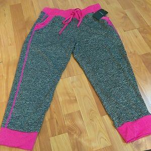 Pants - L/XL spandex pant with pockets