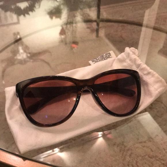 cf90849fcf6 Oakley sportswear glasses. M 5a1e03169818292e1d137a07. Other Accessories ...