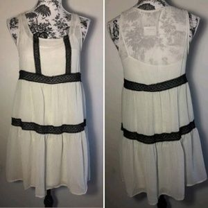 Monte au los angeles backless white dress