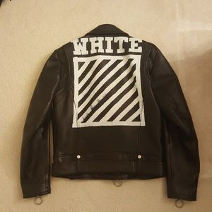 bdaa1729a049 Chrome Hearts ring Versace Off-White Leather Jacket ...