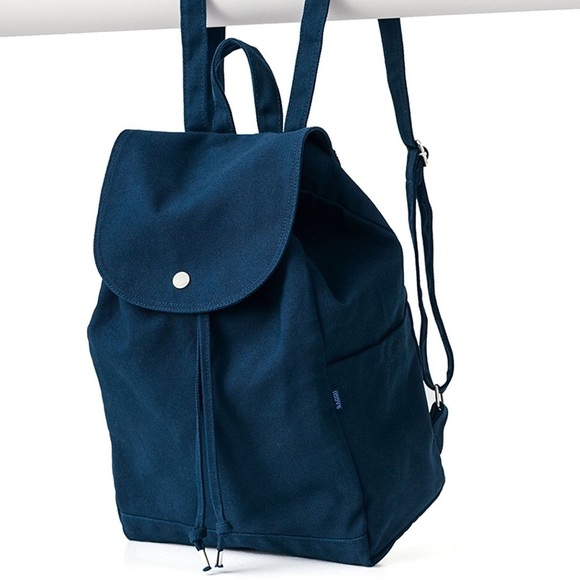 baggu Handbags - Navy Baggu Canvas Backpack 7b916422a9603