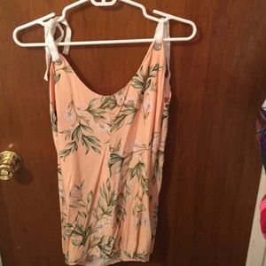 Other - Peach floral romper