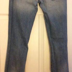 bebe Jeans - Bebe destroyed jeans