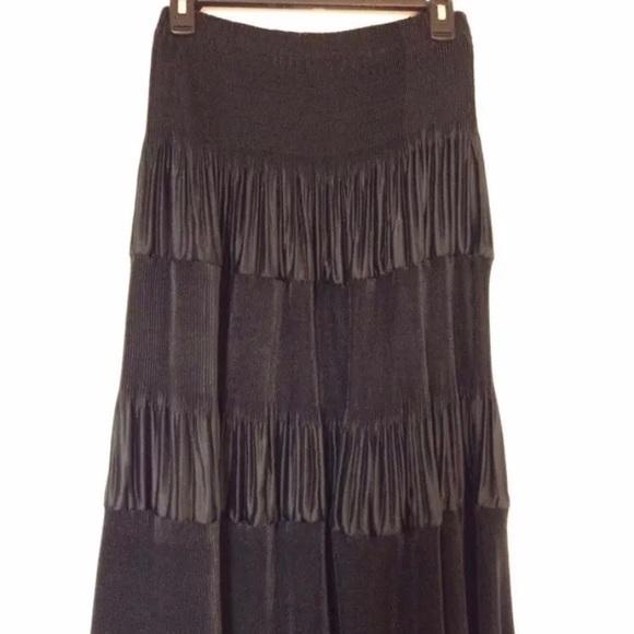 Dresses & Skirts - Maxi Bohemian Skirt
