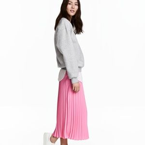 H&M Maxi Pleated Skirt - Pink Size 6