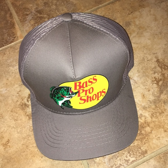 bass pro shops Other - NWOT BASS PRO SHOP TRUCKER HAT 3c38ad0301b