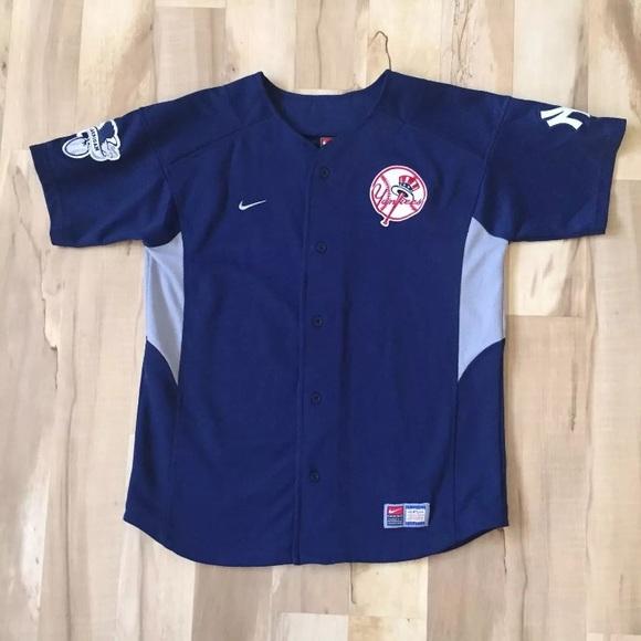 New York Yankees Jersey Jason Giambi Nike 25 Blue.  M 5a1e19b0a88e7d25411416a1 a0d6ccc04a5