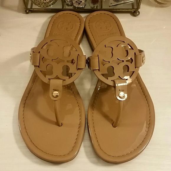 6b1bb8ec9f57cf Tory Burch Miller Sandals   Tan Patent Sand Size 8.  M 5a1e217fb4188e877a13ebb1
