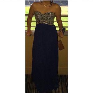 Navy blue prom dress GOT TO GO ASAP‼️‼️