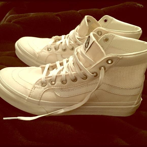 Vans Shoes   Vans High Tops Creamwhite