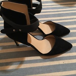Joe's black suede heels 7