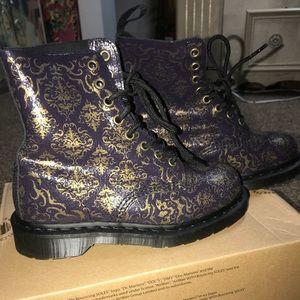 Dr Martens Pascal combat boots purple black 6 wmns