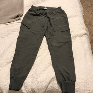 Kendal&Kylie pants! Size small