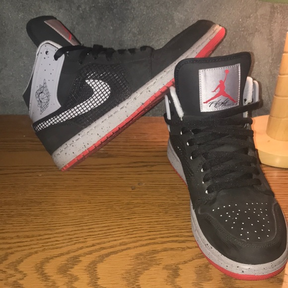 "1dcc1cda58a Air Jordan 1 Retro  89 ""Black Cement"". M 5a1e4148620ff7b10214f4ec"
