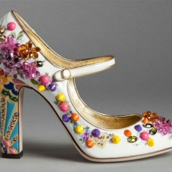 8314adb9879c2 Dolce Gabbana Pumps Mary Jane size 9 NWT