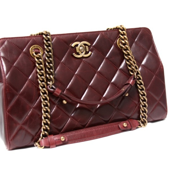 7847551d6ccb CHANEL Handbags - Chanel Perfect Edge shoulder bag