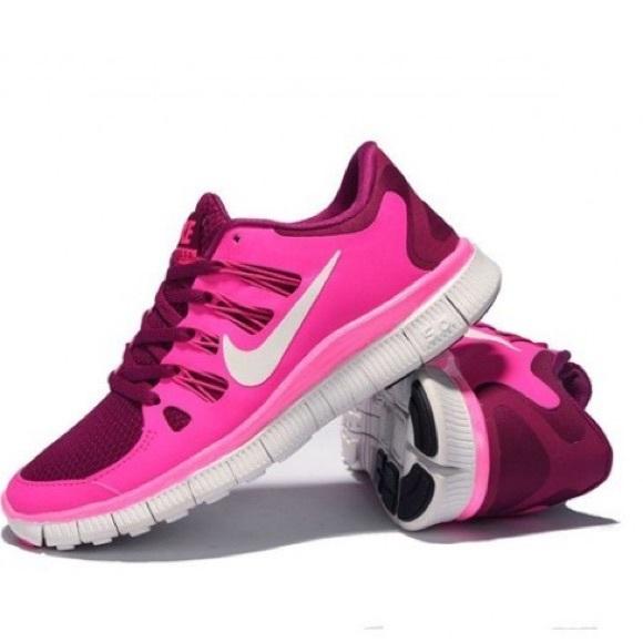 2a95ecf3ac4eb Nike Free 5.0 in Hot Pink    Wine Red. M 5a1eb04a5c12f872d4158b79