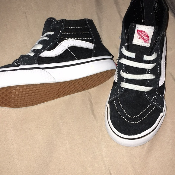 kids vans shoes size 9