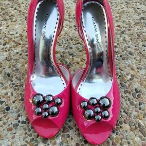 💲Sold💲Gianni Bini Pink Patent Pumps