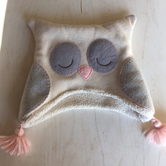 4b06eece8b3 GAP Other - (Babygap) Owl hat