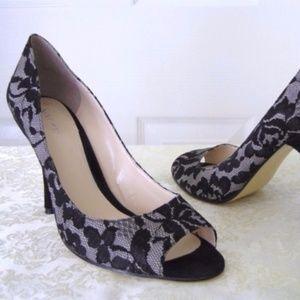 Nine West holiday lace detail peep toe heels 10M