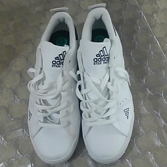 competitive price c794e 92611 Mens stan smith Adidas size 12