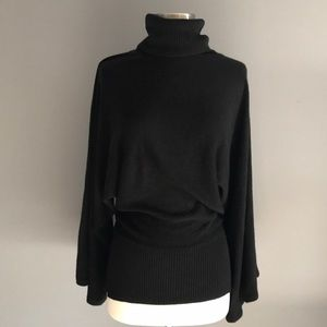 BCBG Maxazria Sweater Super Soft Cozy Sz M