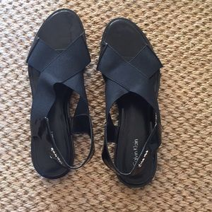 Wore 1x. Black patent and elastic sandals