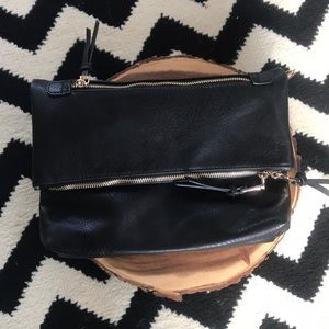Handbags - 🖤Black Leather Fold-over Clutch!🖤
