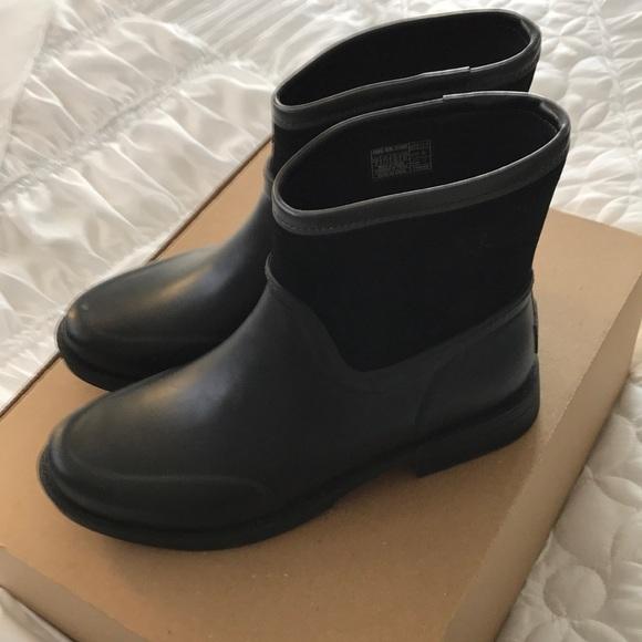 23bc8e6c26b NWOT UGG Paxton Waterproof Boot