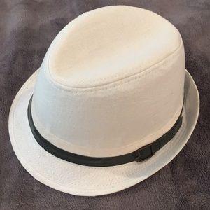 White fedora/ hat