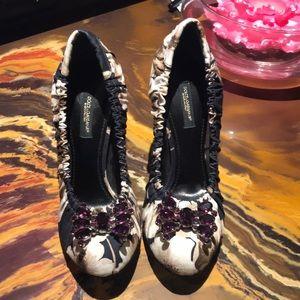 Dolce & Gabbana Heels🎀 🎀Size 36 ***NEW****