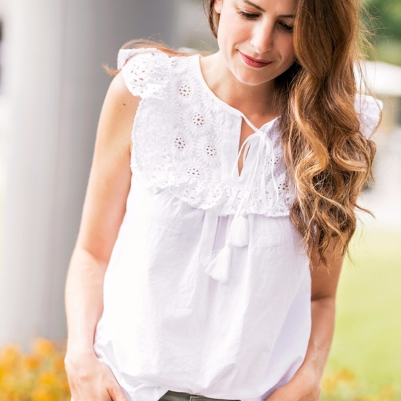 96160aac244fb NWT Loft floral eyelet ruffle yoke shell white top