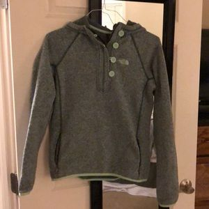 North face fleece pullover! Size small with hood