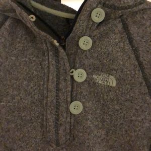 North Face Jackets & Coats - North face fleece pullover! Size small with hood