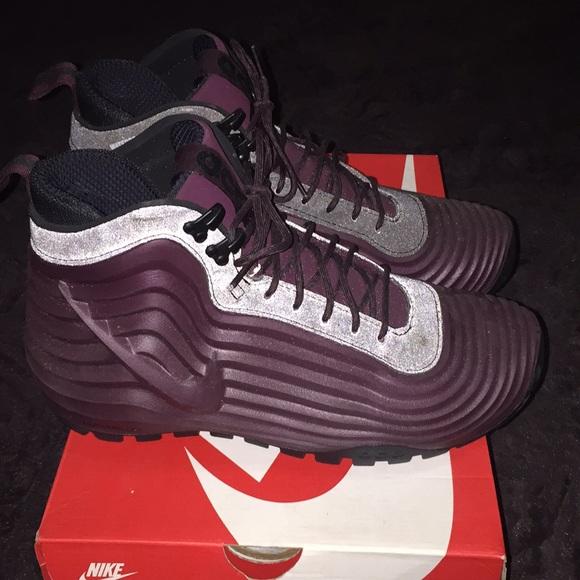 "sneakers for cheap 64c2f 0b8b2 Nike Lunardome 1 Sneakerboots ""Maroon"". Nike. M 5a1f4dbb4e8d17e94c004bd2.  M 5a1f4dce7fab3a586c004b65. M 5a1f4dd86d64bcaa26004d4a.  M 5a1f4ded620ff76528005990"