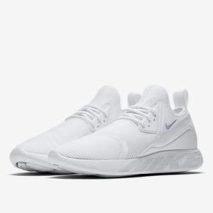 Los Hombres Zapatos De Nike Zapatos Hombres Como Calcetines Poshmark 5bae2b