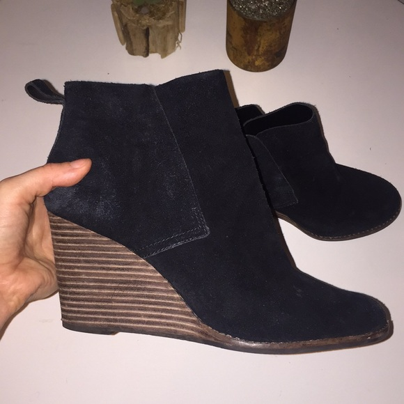 dae5d09dd60 Lucky Brand black Suede wedge booties wood heel