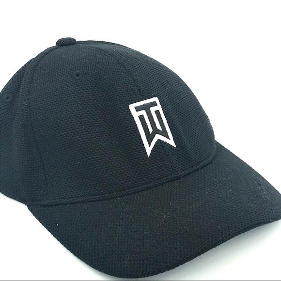 229ad7d2 ... Tiger Woods/Nike fitted mesh flex fit cap. M_5a1f66b1a88e7d20ef00df38