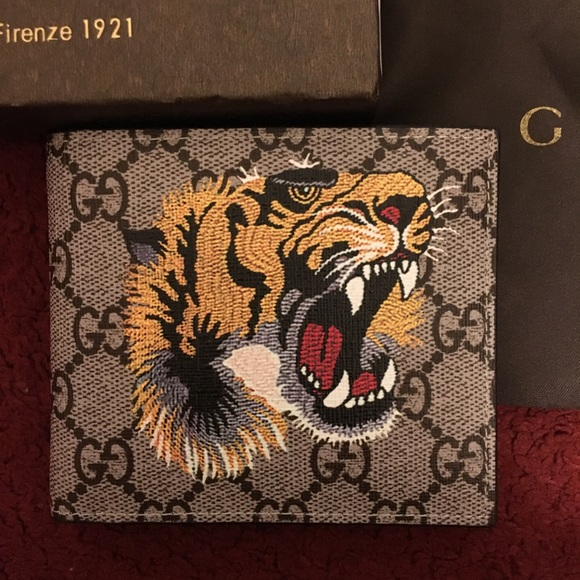 3eec4cde785b Gucci Bags | Gg Supreme Tiger Wallet | Poshmark