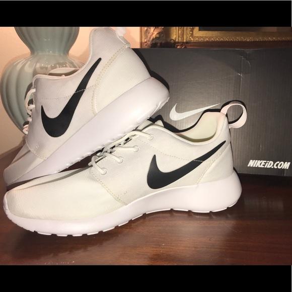 980e18640eb28 Nike Roshe Run iD Custom Women s Shoe Size 6