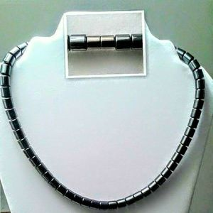 Accessories - Magnetic Necklace
