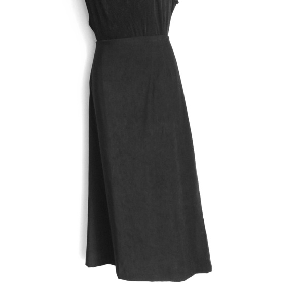 Briggs of New York Dresses & Skirts - Briggs of New York Velour Black Maxi Skirt Sze 22W