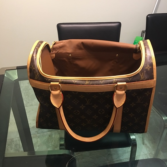 bde3913a76a Handbags - Louis Vuitton dog carrier 40
